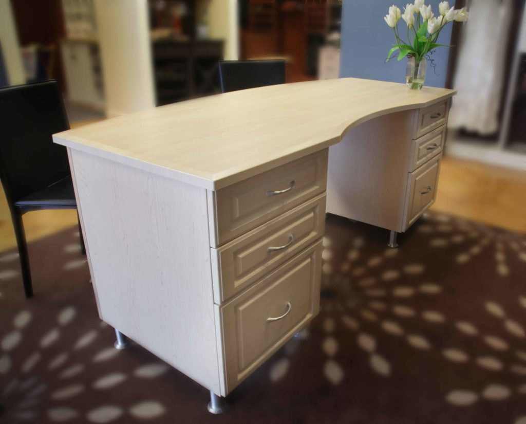desk-unit-cc-walled-lake1
