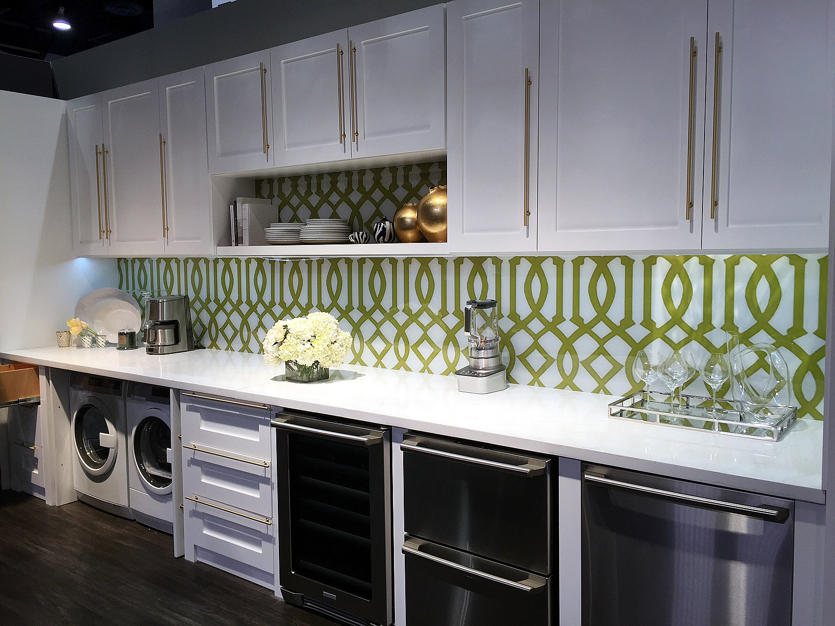 Kitchen Backsplash Las Vegas viva las vegas! kbis 2016 jb cutting